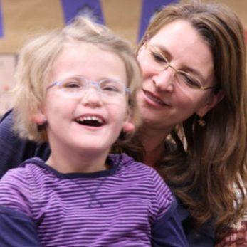 mom-looking-happy-daughter