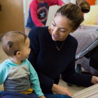 mom-talking-to-kid